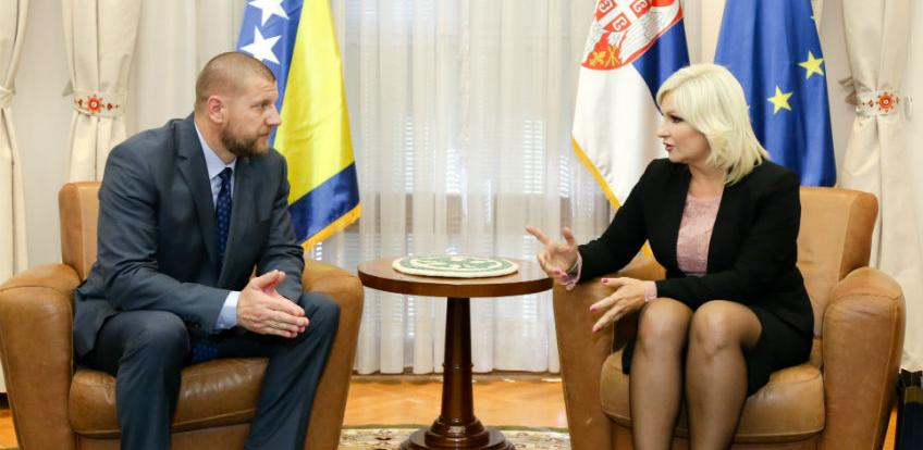 Jusko i Mihajlović razgovarali o autoputu i graničnim prelazima BiH i Srbije