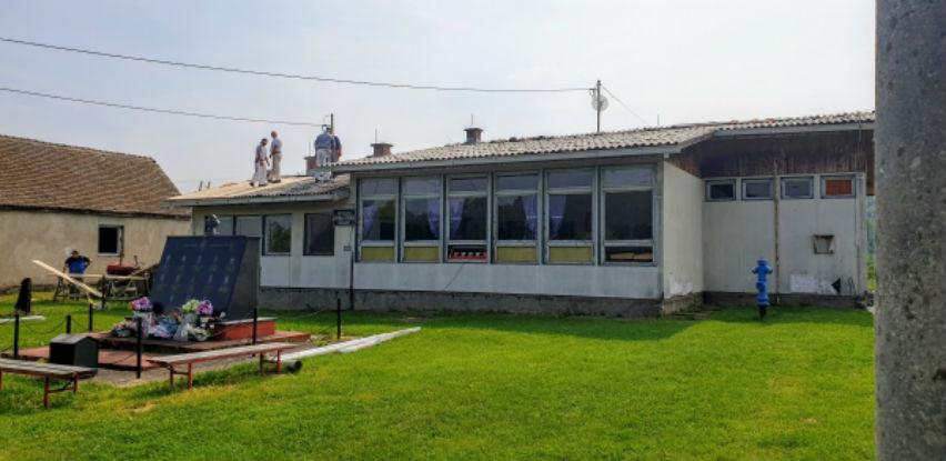 Počela rekonstrukciju krova na školi u Gornjem Klakaru