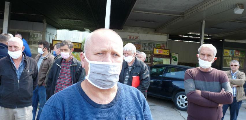 Radnici Zenicatransa traže da se do petka riješi njihov i status preduzeća