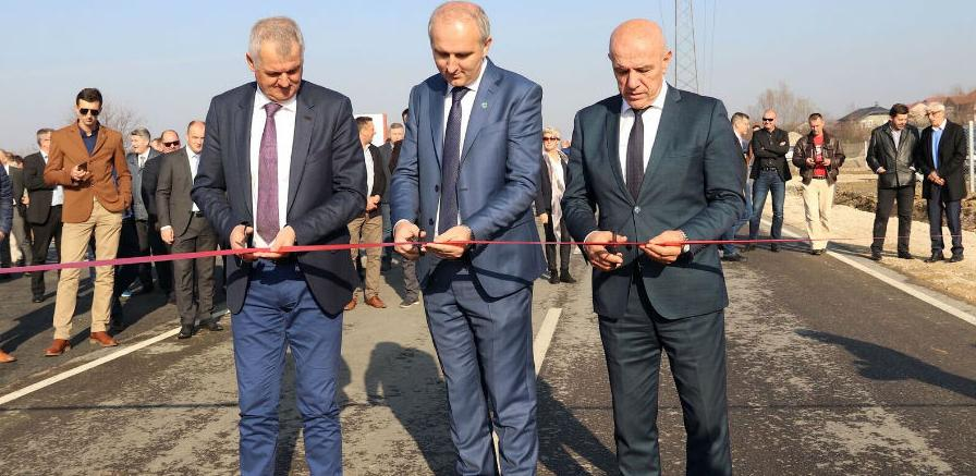 U Tešnju svečano otvorena nova Poslovna zona - Glinište