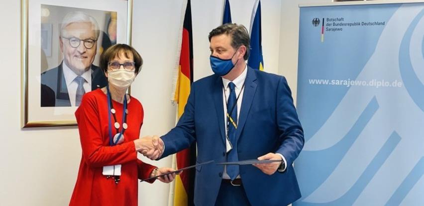 Njemačka pomože pet bolnica u BiH sa 60.000 eura u borbi protiv koronavirusa