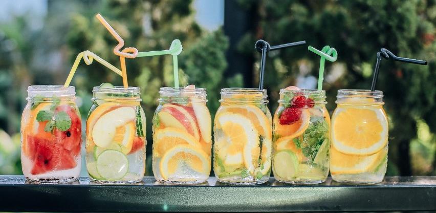 Najbolja pića koja će vam pomoći da se osvježite tokom ljetnih vrućina