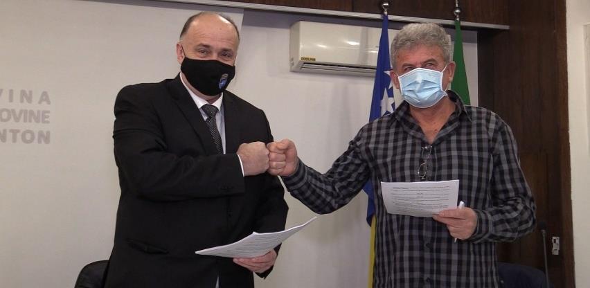 Novim kolektivnim ugovorom zdravstvenim radnicima u ZDK satnica 2,6 KM
