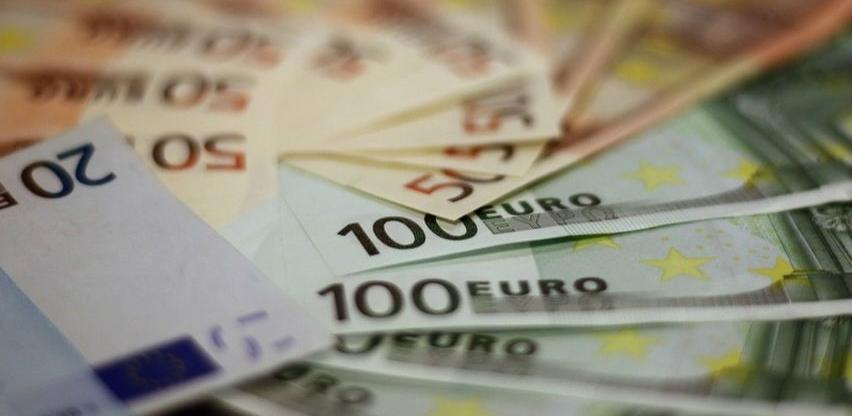 Raiffeisen analitičari predviđaju rekordnu profitabilnost bankarskog sektora SIE