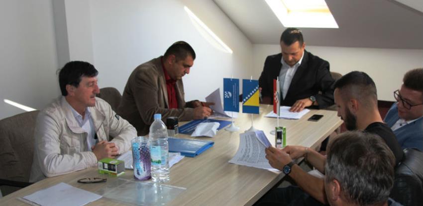 Potpisan ugovor za projekt sanacije divljih deponija u Orašju