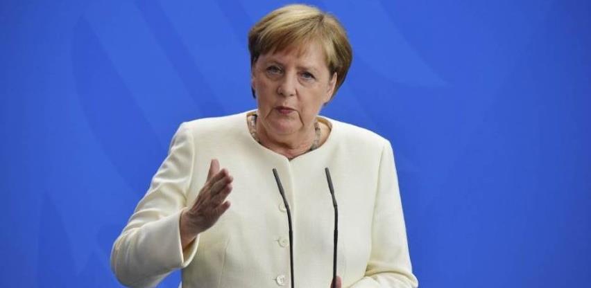 Merkel: Koronavirus najveći izazov Njemačkoj nakon Drugog svjetskog rata