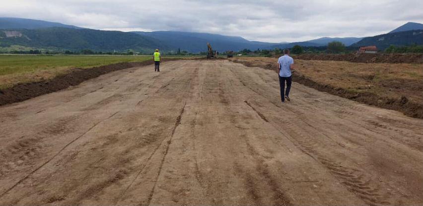 Pogledajte kako napreduju radovi na izgradnji testne piste Aerodroma Golubić