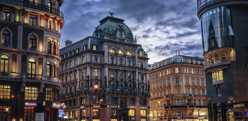 Austrija izdala upozorenja za putovanja u Prag i Pariz zbog koronavirusa