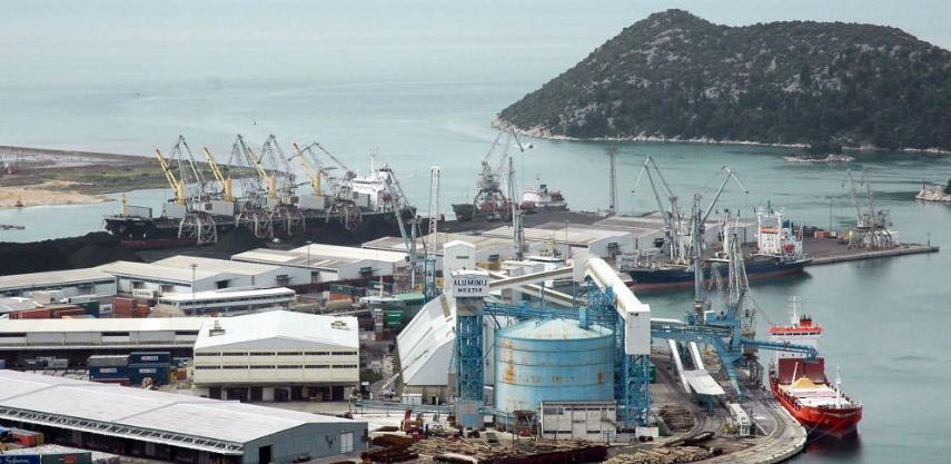 Vlada FBiH pomaže Naftne terminale u Pločama sa dva miliona KM