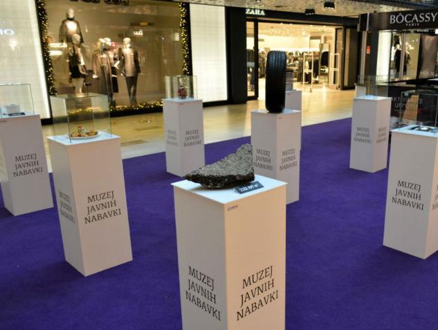 Otvorena izložba šokantnih primjera javnih nabavki