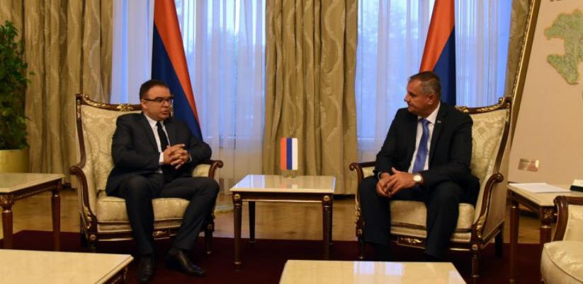 Višković: Neprihvatljivo da se radioaktivno odlagalište gradi uz granicu s BiH