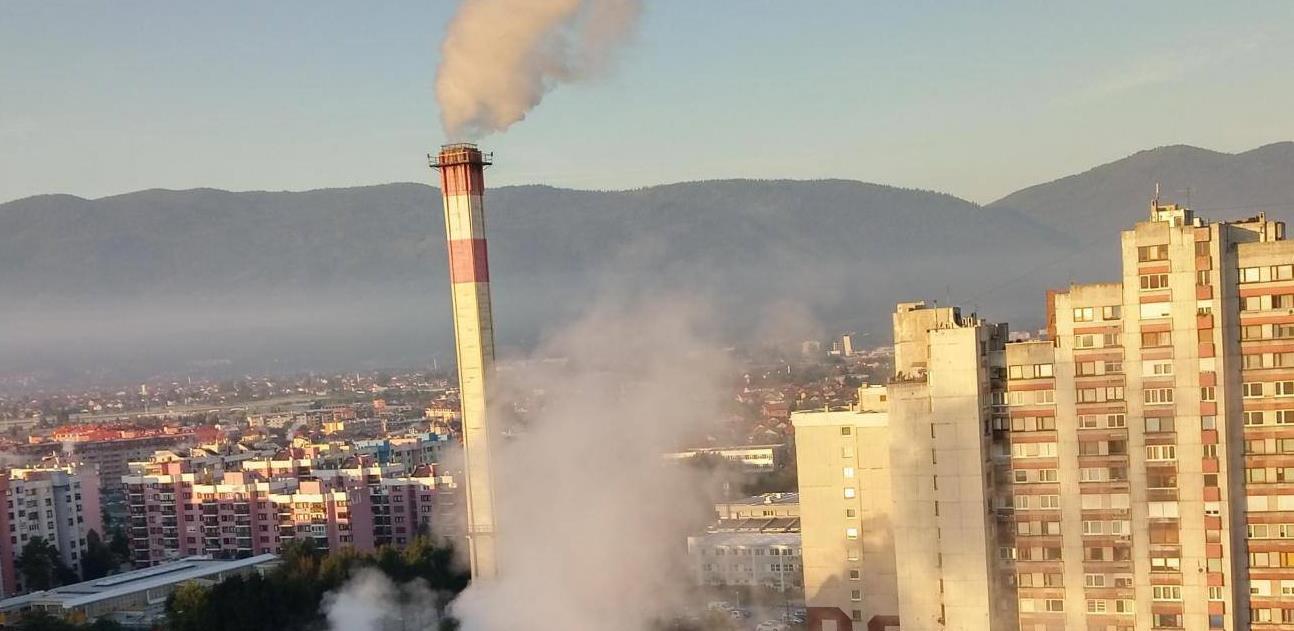 """""""Dim"""" iz visokih dimnjaka kotlovnica """"Toplana"""" nije pokazatelj zagađenja zraka"""