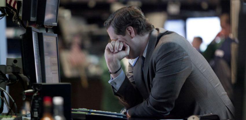 Kineske berze u padu zbog odluke centralne banke