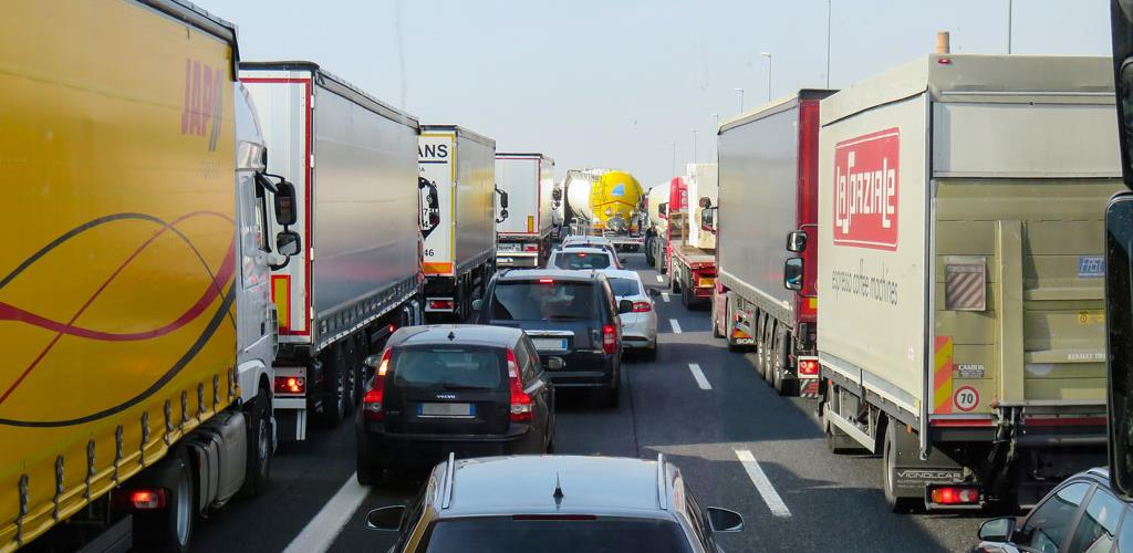 Onemogućen tranzit kamiona: Bh. privrednici traže hitno preispitivanje odluke Hrvatske