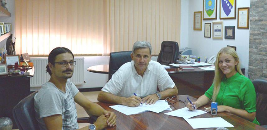 Potpisan ugovor o nastavku gradnje škole u Novom Žepču
