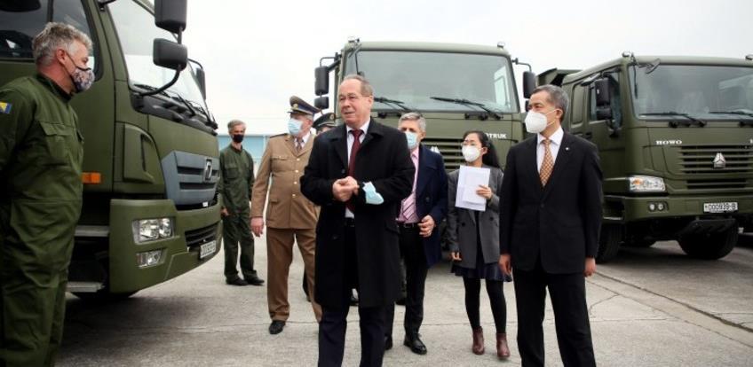 Kina donirala Oružanim snagama inžinjerijska sredstva od 2,5 miliona KM