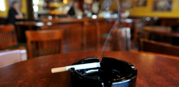 Udruženja hotelijera smatra da im je zabranom pušenja ugrožen rad