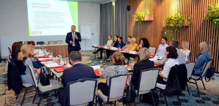 Razumijevanje i praktična izrada pravnih akata: Ugovori, odluke, rješenja