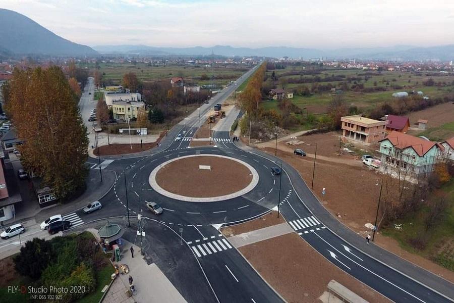 Završena izgradnja kružnog toka u Hrasnici (Foto)