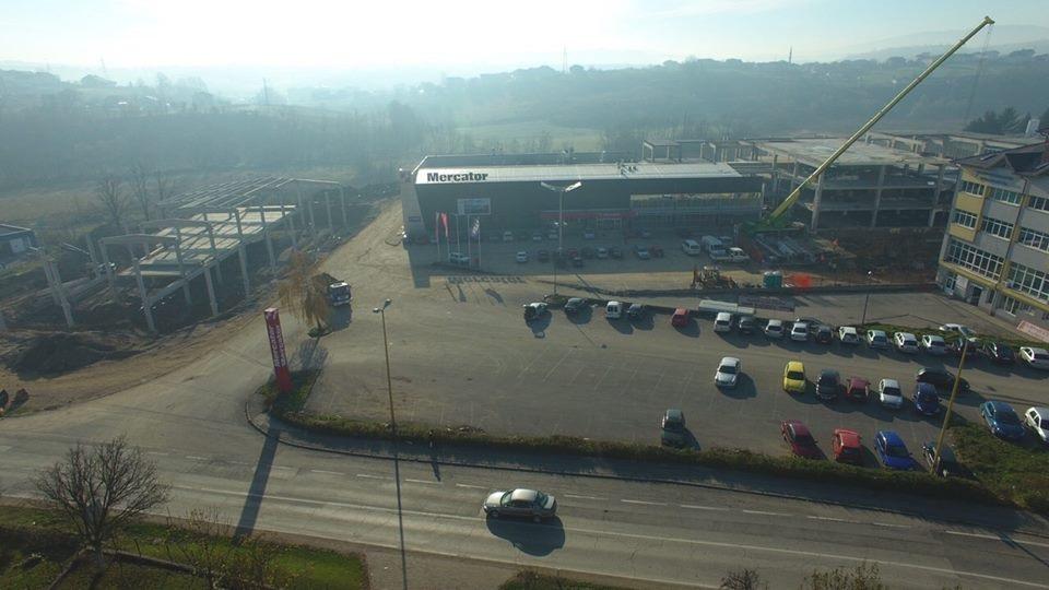 U Cazinu se gradi najveći tržni centar u Krajini
