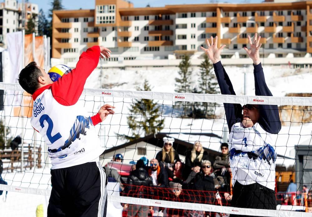 Na Bjelašnici održan menadžerski turnir R&S odbojka na snijegu 2019