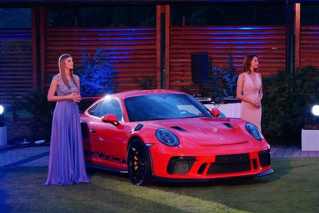 Veče glamura povodom 70 godina postojanja marke Porsche