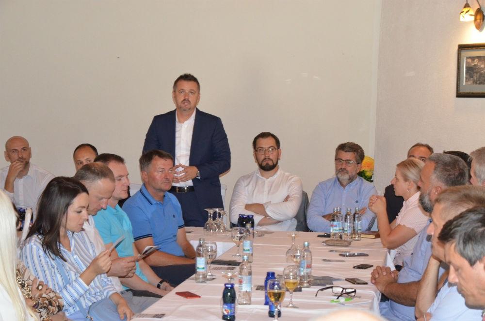 Cazinskim privrednicima predstavljena PZ Ratkovac i plan konferencije
