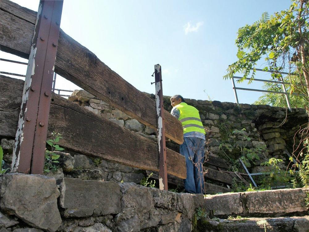 Krenula obnova južnog bedema Kastela