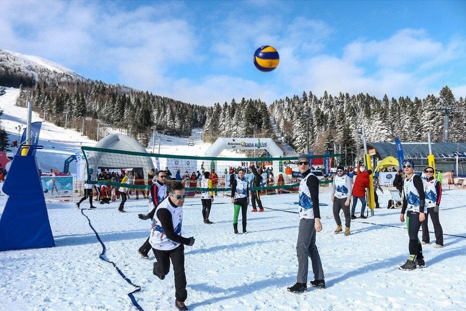 Menadžerski turnir 'R&S odbojka na snijegu' održan drugi put na Bjelašnici