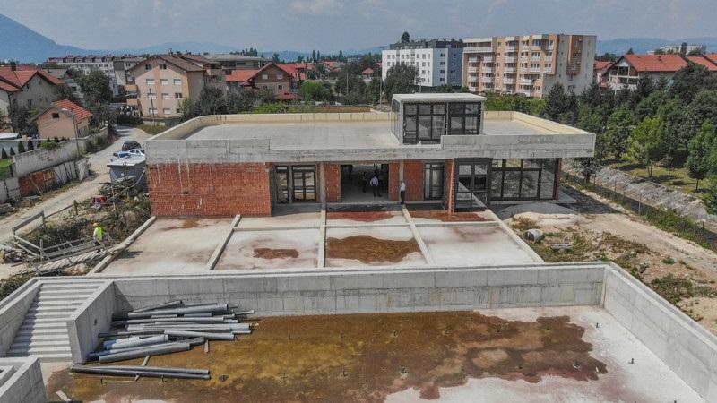 Osigurano još pola miliona KM za izgradnju bazena na Dobrinji
