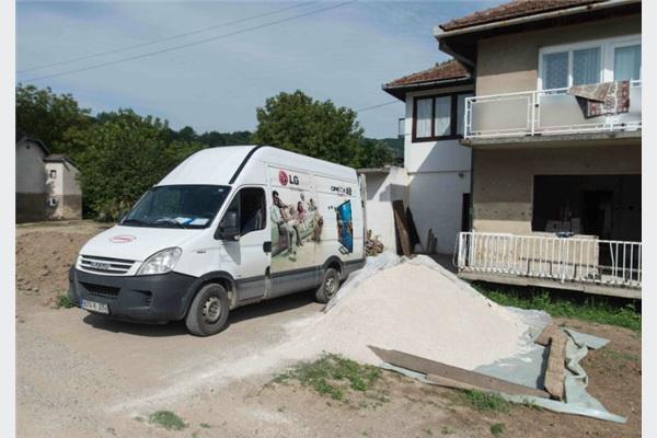 LG donirao kućanske aparate ugroženim porodicama u Maglaju i Doboju