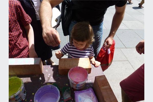 Završen humanitarno-ekološki projekat Kupi (eko) ciglu