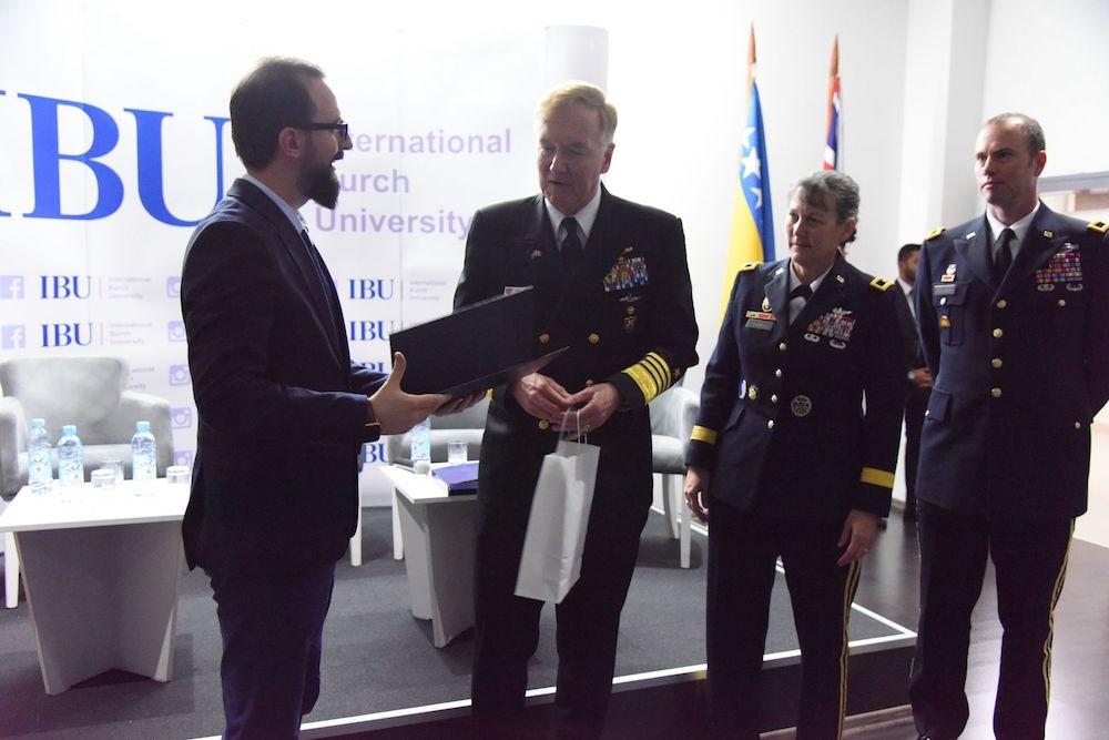 NATO Admiral James Foggo III posjetio Burch univerzitet
