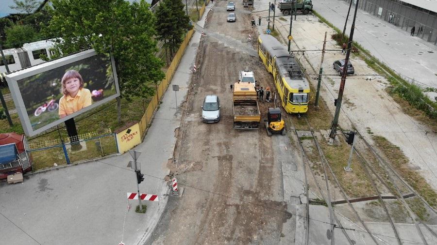 Počela sanacija dijela 7. transverzale pored preduzeća GRAS (Foto)