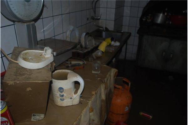 Help - Hilfe zur selbsthilfe Sarajevo: 'Dućani ponovo rade'
