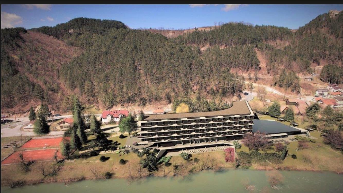 Migranti će biti smješteni u cazinski hotel Sedra, planirana i rekonstrukcija