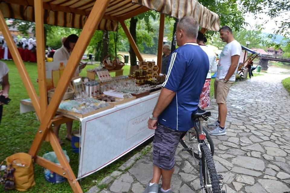 U Bosanskoj Krupi otvoren 9. Sajam organske proizvodnje