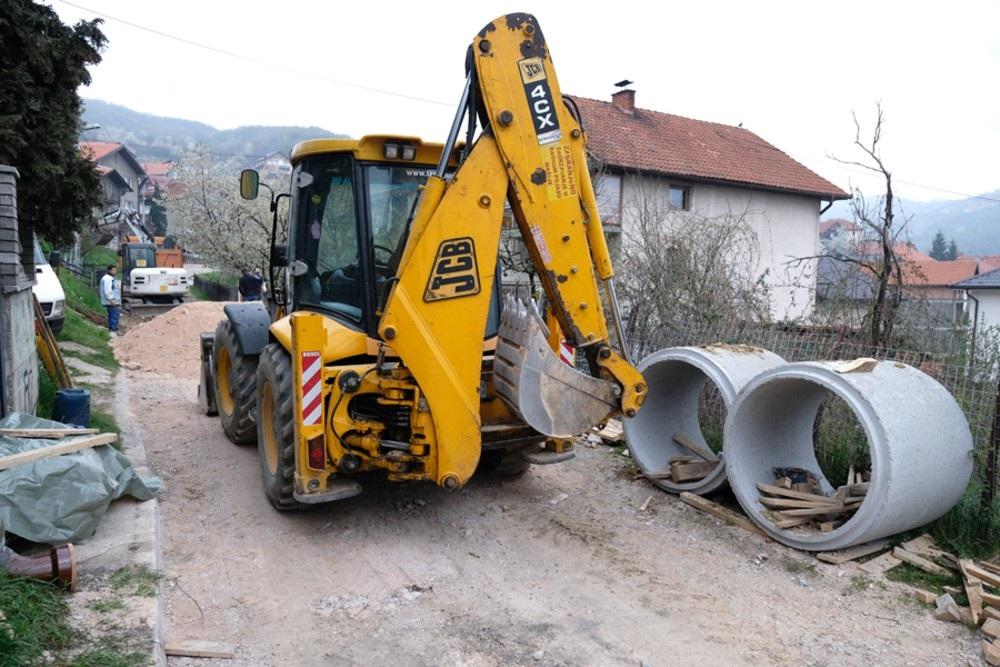Izgradnje separatne kanalizacione mreže u dijelu naselja Buća Potok