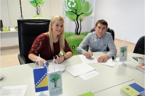 Potpisan ugovor između sakupljača svih vrsta otpada u FBiH i Eko života
