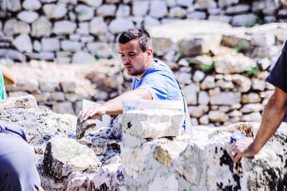 Pri kraju su radovi na sanaciji i konzervaciji zidova unutar Bijele tabije