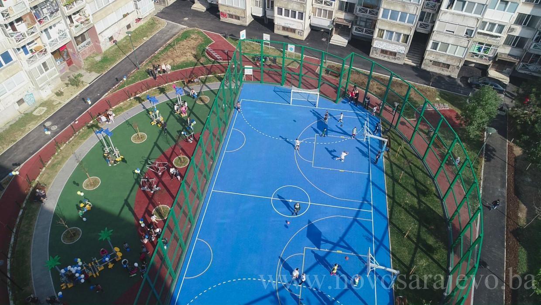 U općini Novo Sarajevo otvoren drugi tematski park i igralište za djecu