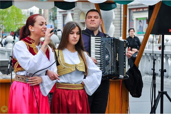 Uspješno organiziran 8. Festival bosanske hrane u Ljubljani
