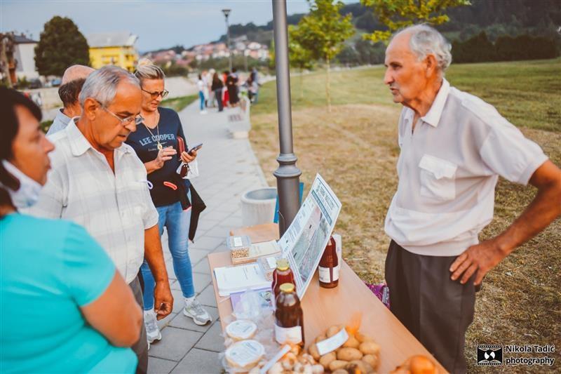 Pogledajte kako je izgledao Sajam starih sorti u Čelincu (FOTO)