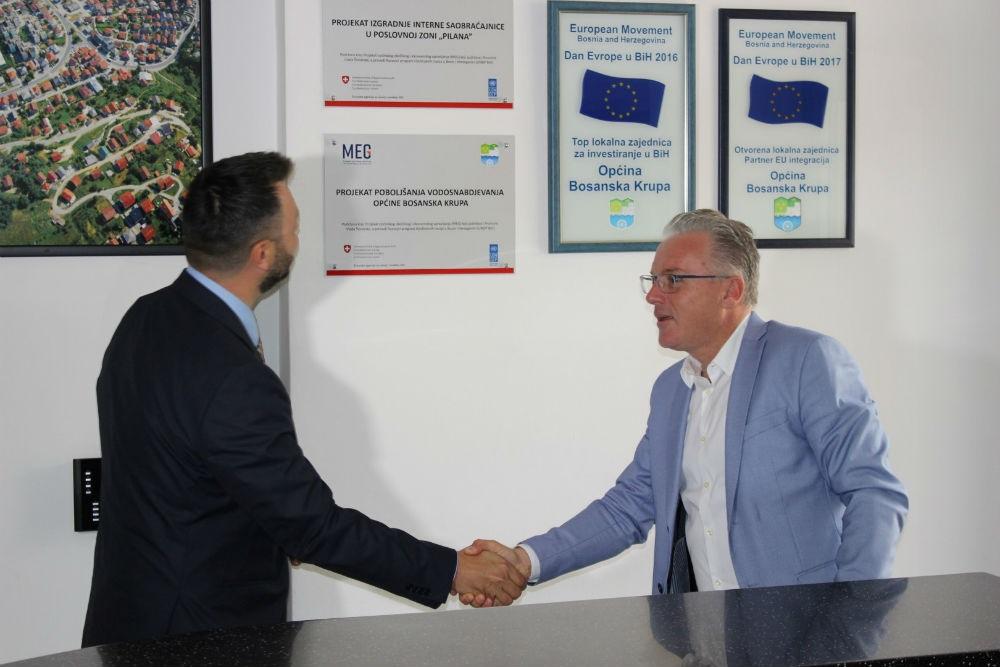 U Bosanskoj Krupi izgrađena saobraćajnica i podržan privatni sektor