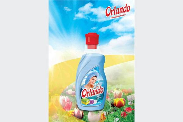 Orlando omekšivač za rublje Blue Ocean, sa osvježavajućim mirisom mora, pruža Vašem rublju izuzetnu mekoću i izuzetno prijatan osjećaj prilikom korištenja. Savršen spoj komponenata i mirisa Orlando omekšivača čine Vaše rublje lakim za peglanje i ostavljaju dugotrajan miris na opranom rublju.