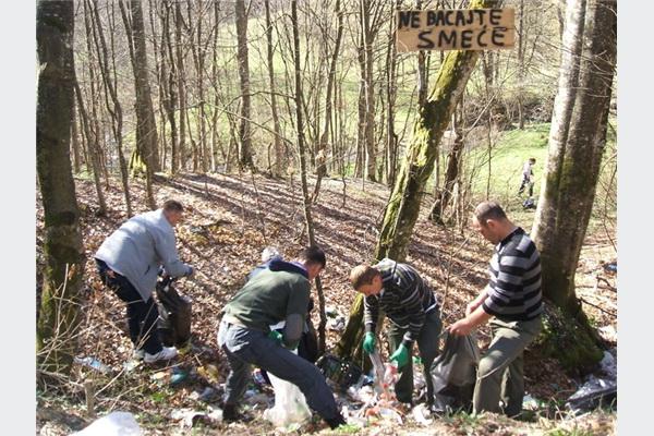 Ekopak podržao realizaciju akcije sanacije divljih deponija u Kladnju