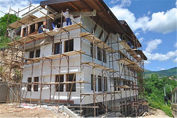 Fasada na zgradi na Baruthani bit će završena do kraja jula