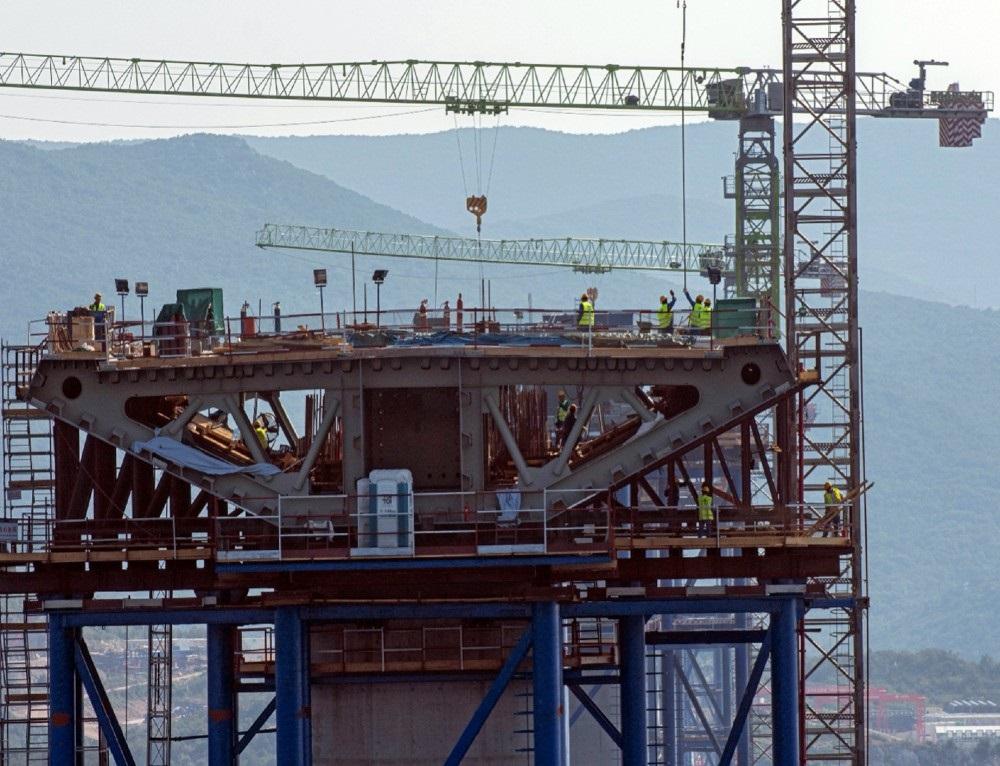 Radovi na Pelješkom mostu napreduju punom parom, na terenu 725 radnika