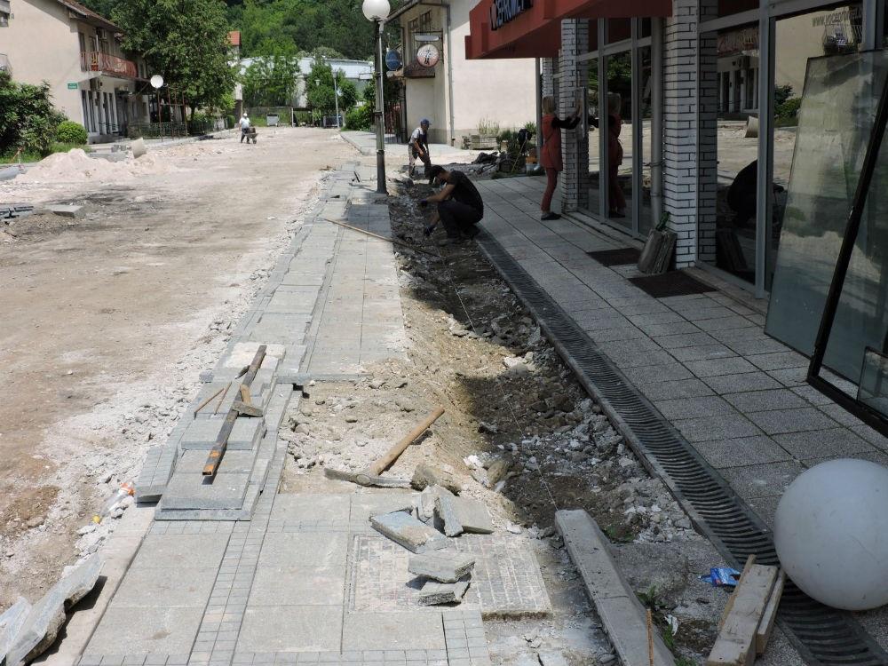 Firma Babić radi na rekonstrukciji ulica na području Jablanice