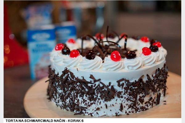 Meggle: Torta na Schwarzwald način